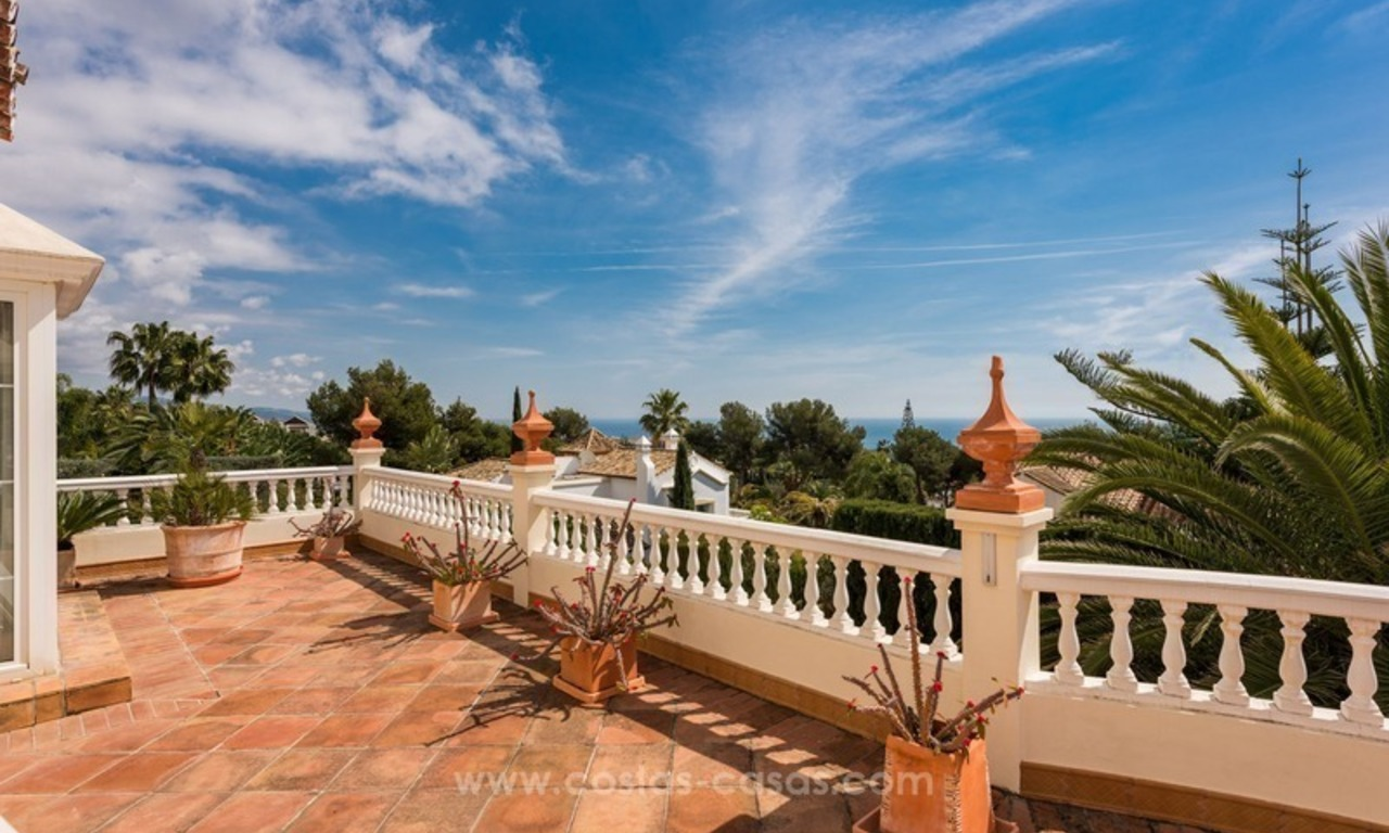 Elegant luxurious traditional style villa for sale in Sierra Blanca, the Golden Mile, Marbella 15