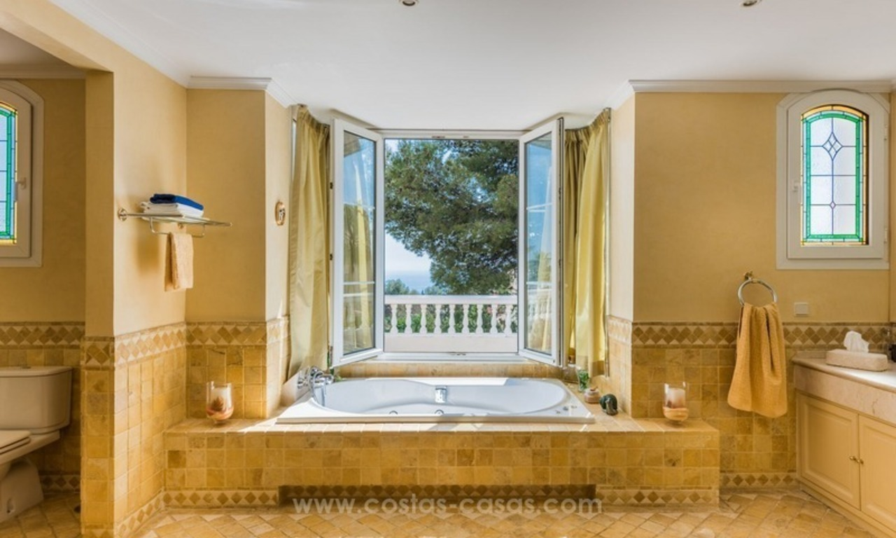 Elegant luxurious traditional style villa for sale in Sierra Blanca, the Golden Mile, Marbella 13