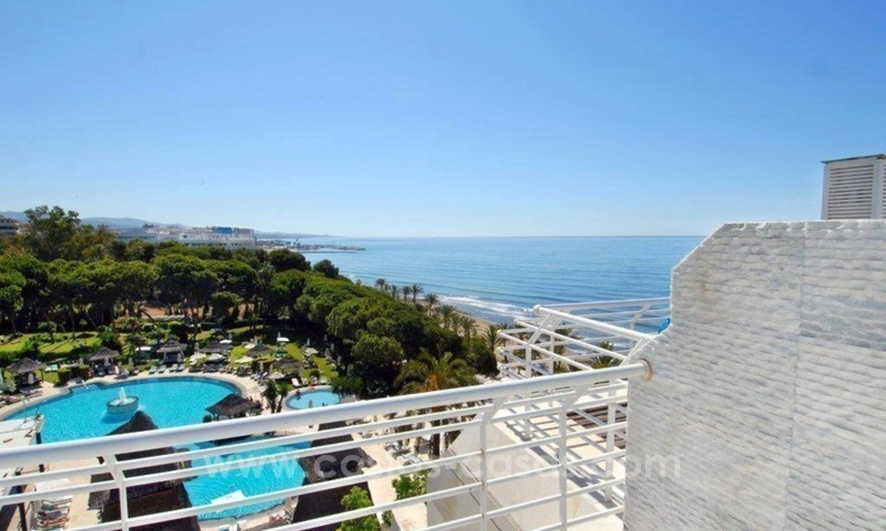 Luxury Penthouse apartment for sale, beachfront Golden Mile - Marbella centre 1