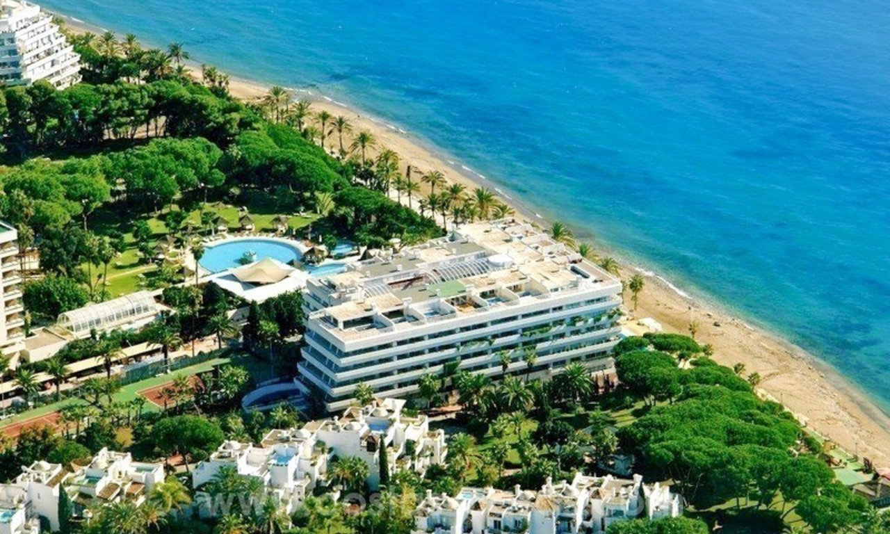 Luxury Penthouse apartment for sale, beachfront Golden Mile - Marbella centre 0