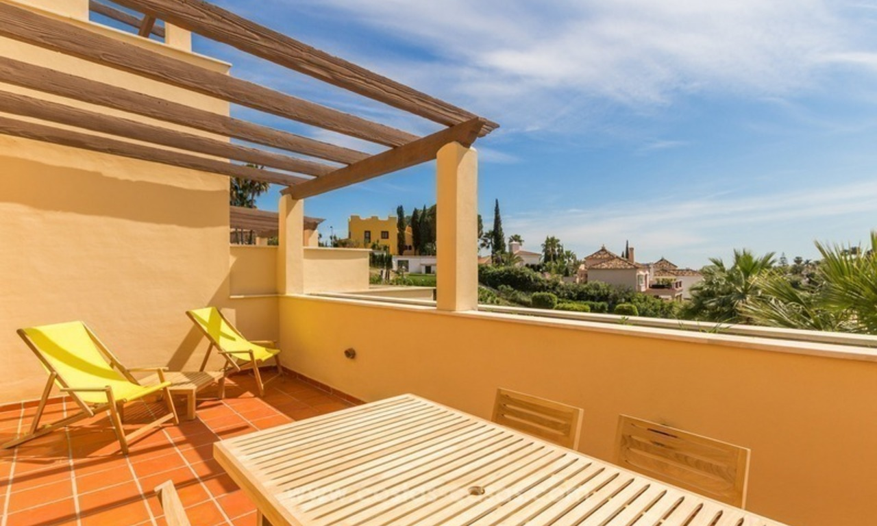 For Sale in Nueva Andalucía, Marbella: Penthouses and Apartments 2