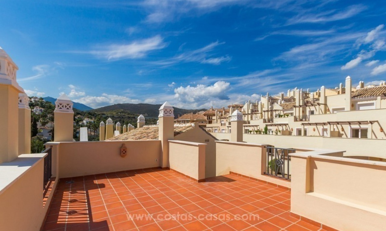 For Sale in Marbella - Nueva Andalucía: Penthouses and Apartments 3