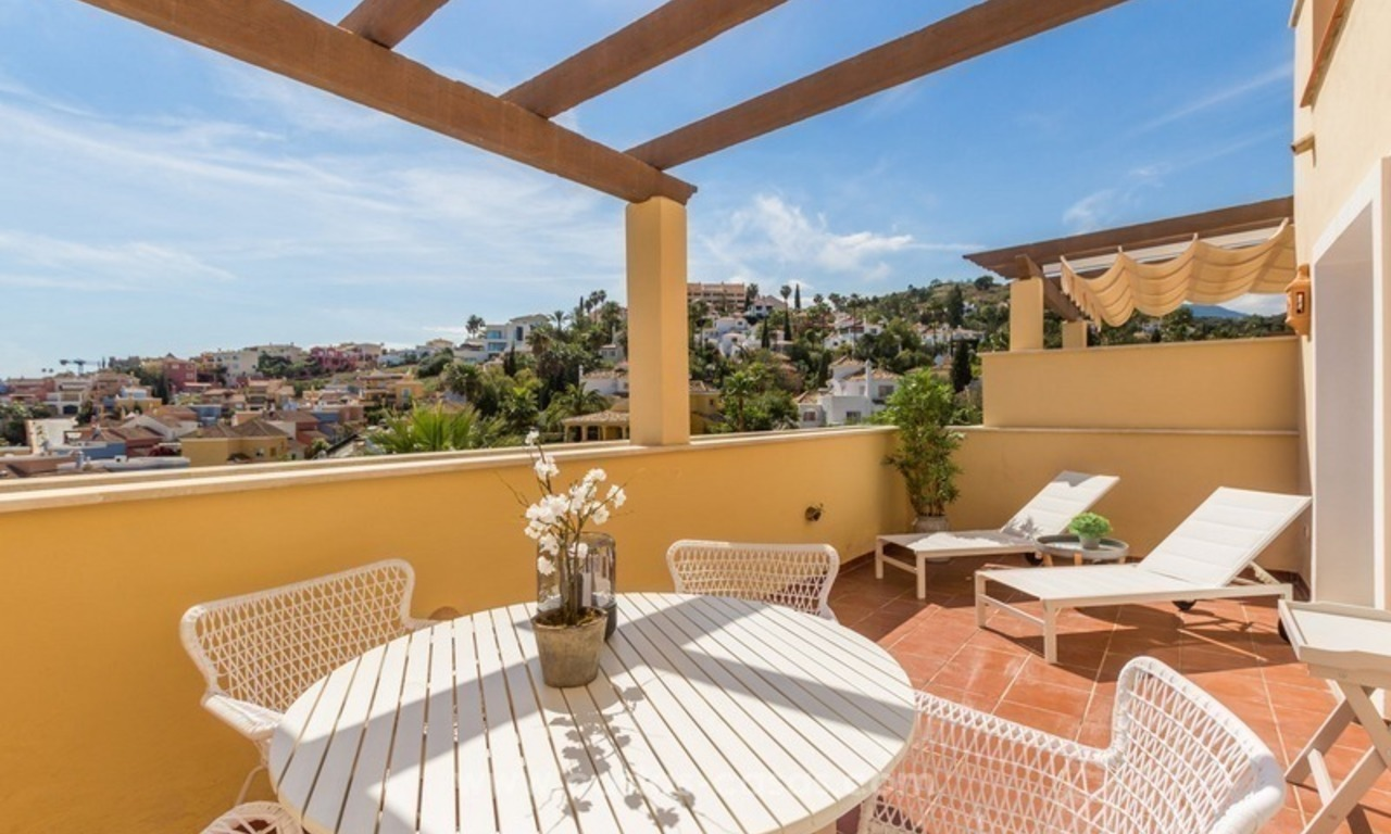 For Sale in Marbella - Nueva Andalucía: Penthouses and Apartments 0
