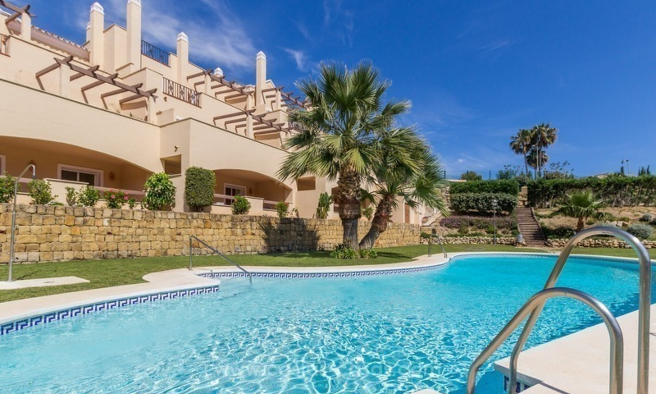 For Sale in Marbella - Nueva Andalucía: Penthouses and Apartments 11