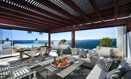 Frontline beach luxury apartment for sale, Estepona, Costa del Sol 3