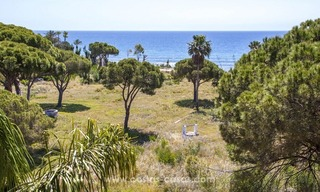 Luxury beachfront penthouse apartment for sale on the New Golden Mile between Marbella and Estepona 14