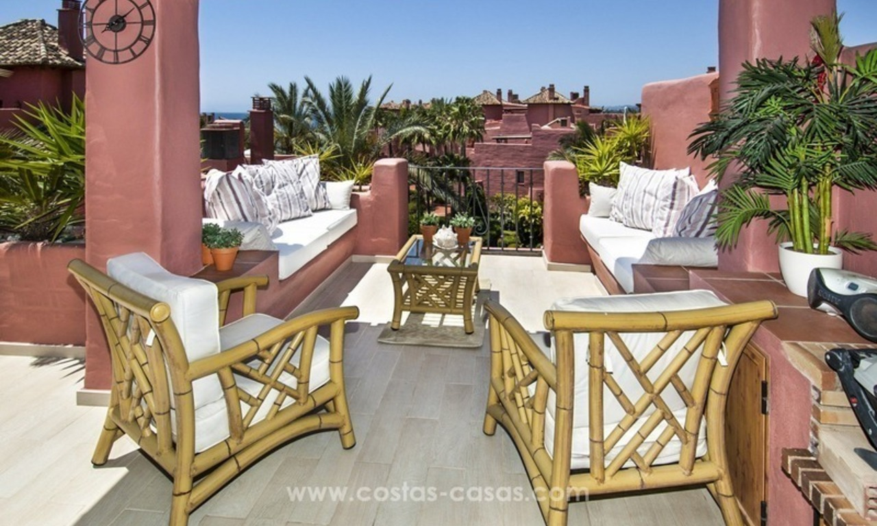 Luxury beachfront penthouse apartment for sale on the New Golden Mile between Marbella and Estepona 4