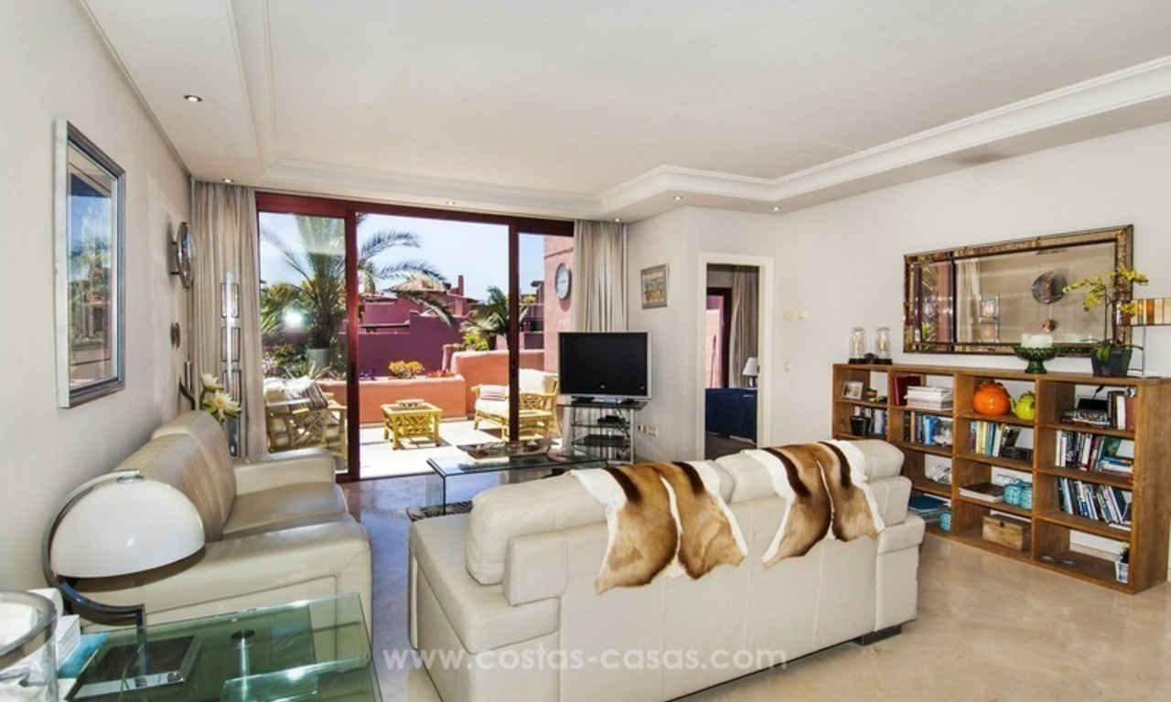 Luxury beachfront penthouse apartment for sale on the New Golden Mile between Marbella and Estepona 23