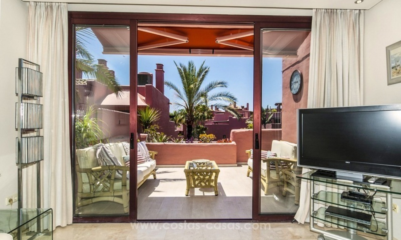 Luxury beachfront penthouse apartment for sale on the New Golden Mile between Marbella and Estepona 24