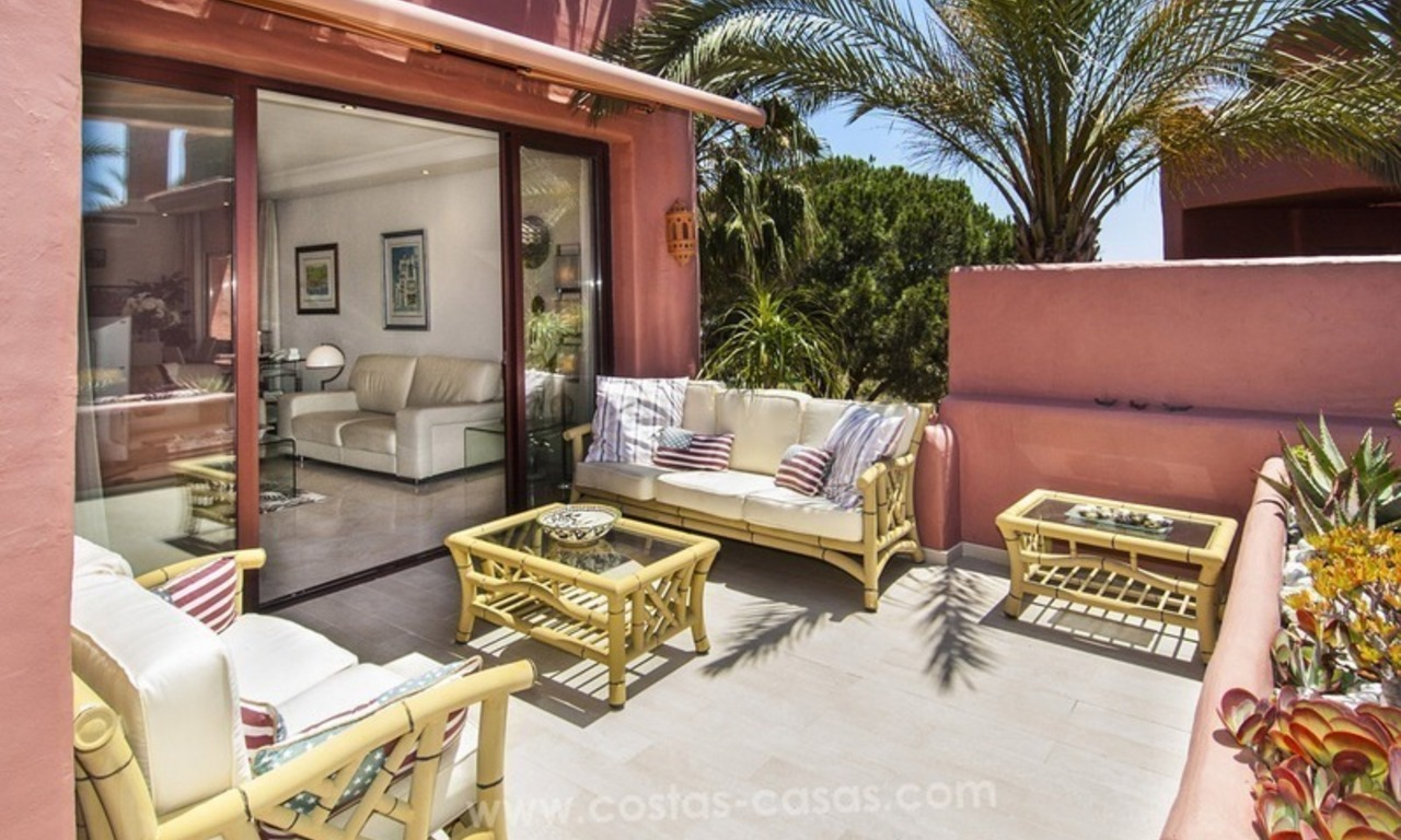 Luxury beachfront penthouse apartment for sale on the New Golden Mile between Marbella and Estepona 26