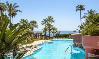 Luxury beachfront penthouse apartment for sale on the New Golden Mile between Marbella and Estepona 41