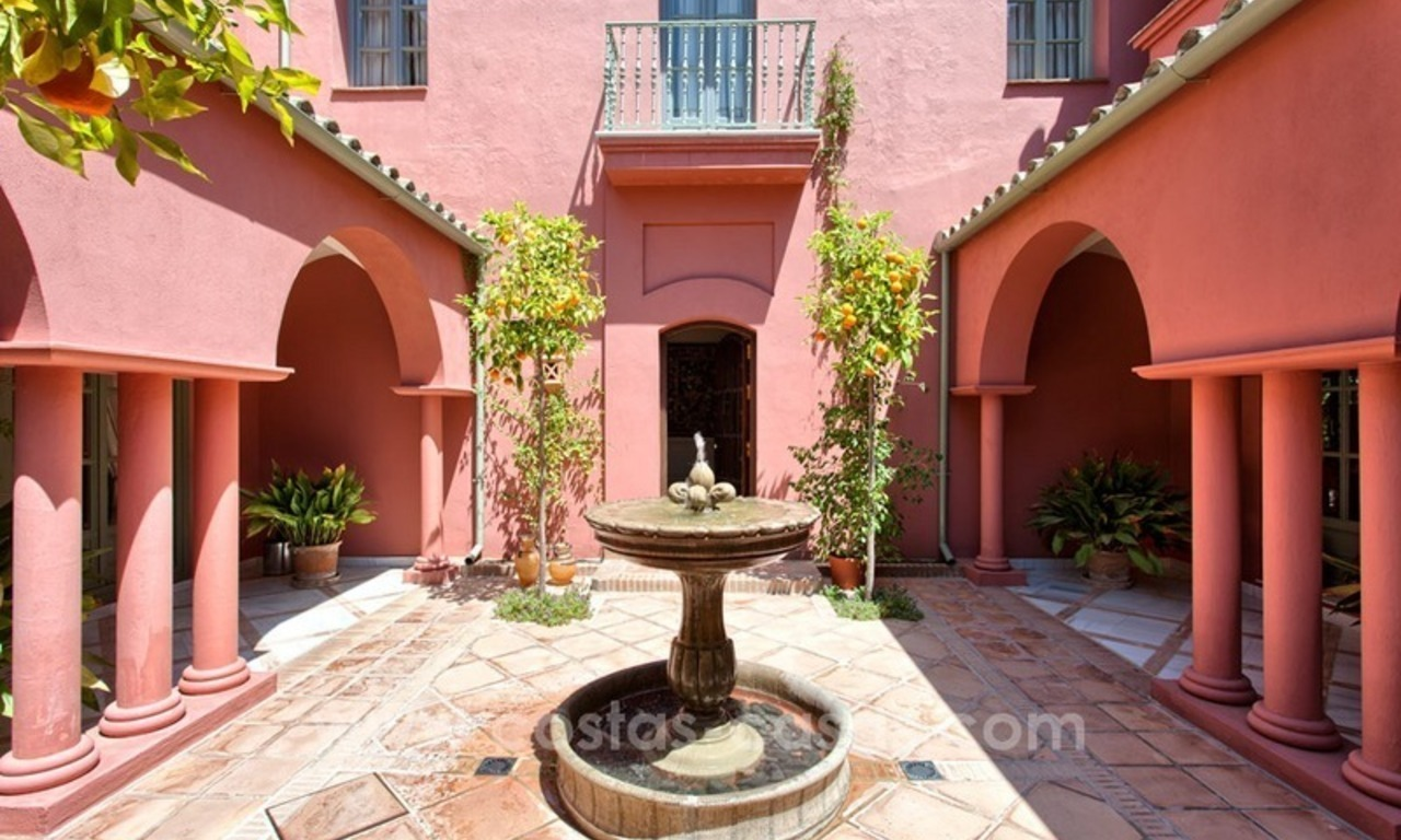 Renovated charming villa for sale in Hacienda Las Chapas – Marbella 3