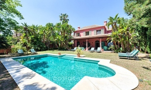 Renovated charming villa for sale in Hacienda Las Chapas – Marbella