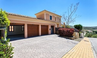 For Sale: Classic Villa at Golf Resort in Benahavís – Marbella 8