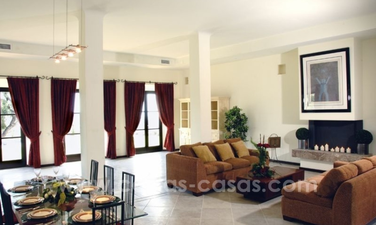 For Sale: Classic Villa at Golf Resort in Benahavís – Marbella 14