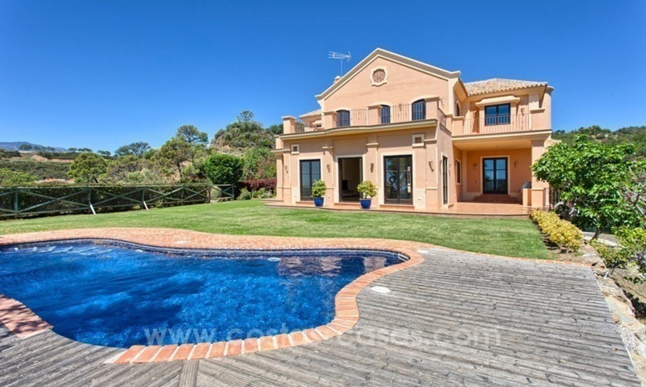 For Sale: Classic Villa at Golf Resort in Benahavís – Marbella 1