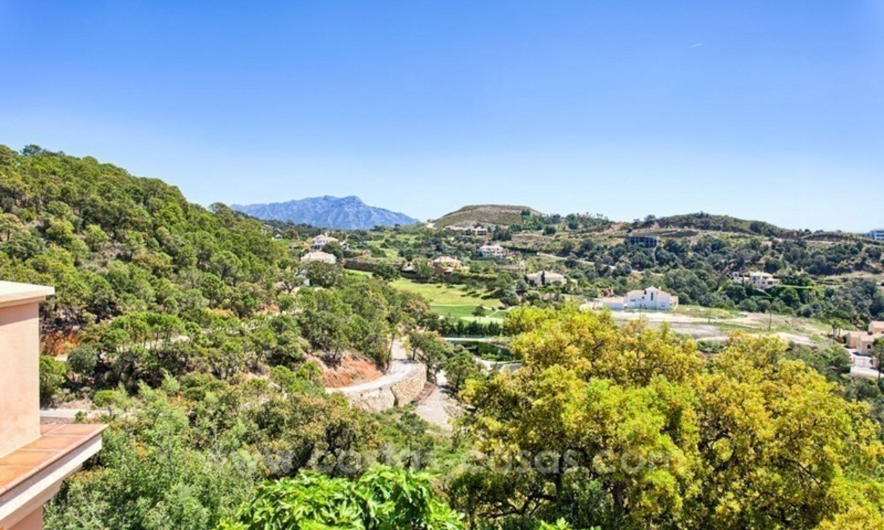 For Sale: Classic Villa at Golf Resort in Benahavís – Marbella 4