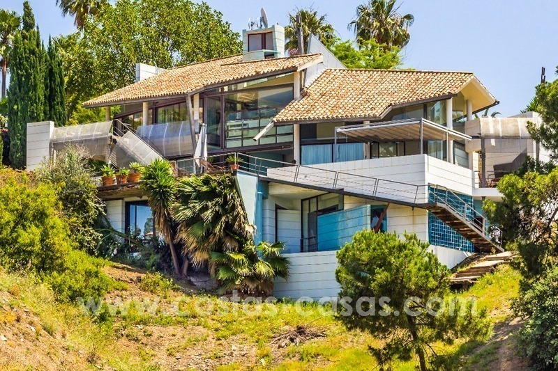 Ultra modern villa for sale at golf course - Marbella
