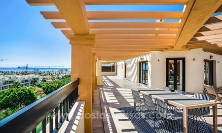 Large corner penthouse for sale with sea and mountain views in the heart of San Pedro, Marbella