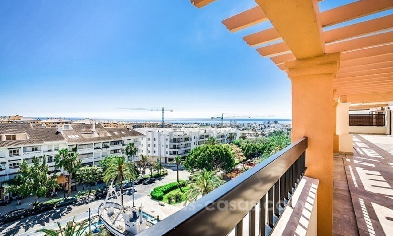 Large corner penthouse for sale with sea and mountain views in the heart of San Pedro, Marbella 2