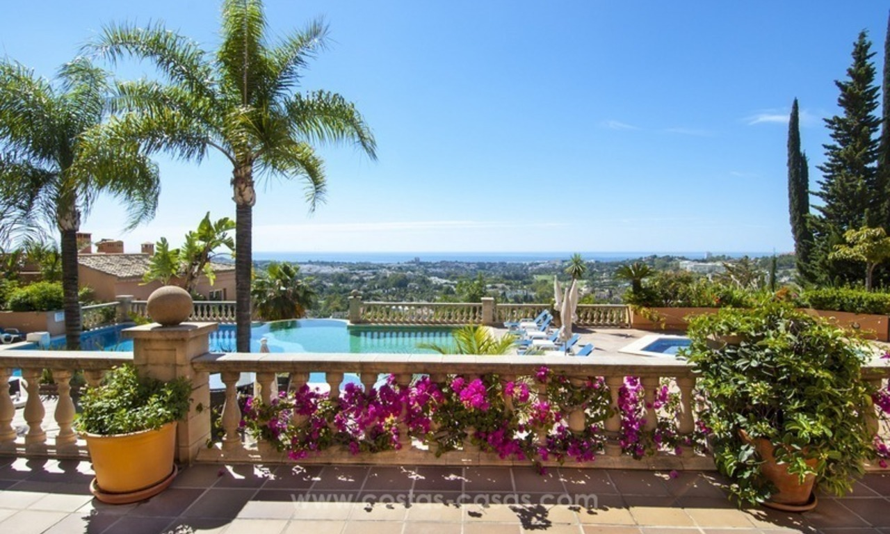 Marbella – Nueva Andalucia For Sale: Stunning Fully Refurbished Apartment In Highly Sought After Complex 0