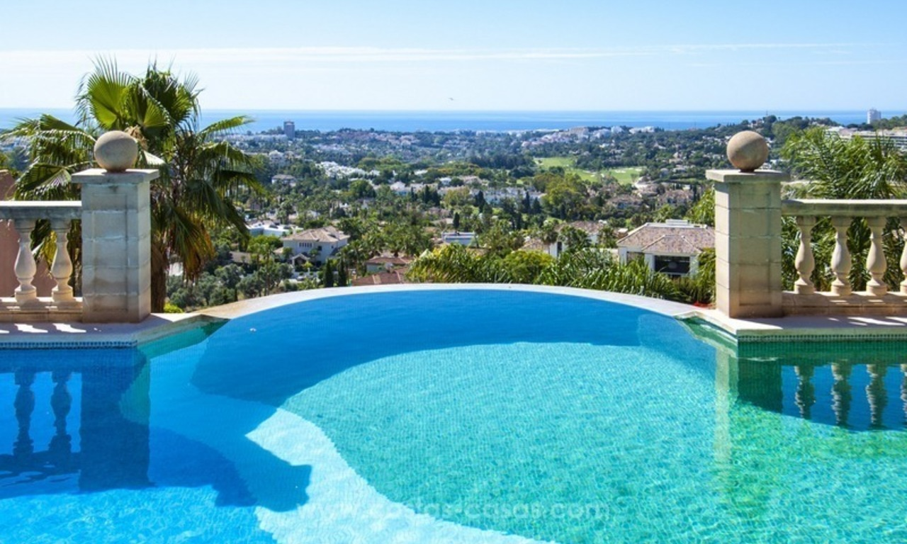 Marbella – Nueva Andalucia For Sale: Stunning Fully Refurbished Apartment In Highly Sought After Complex 5