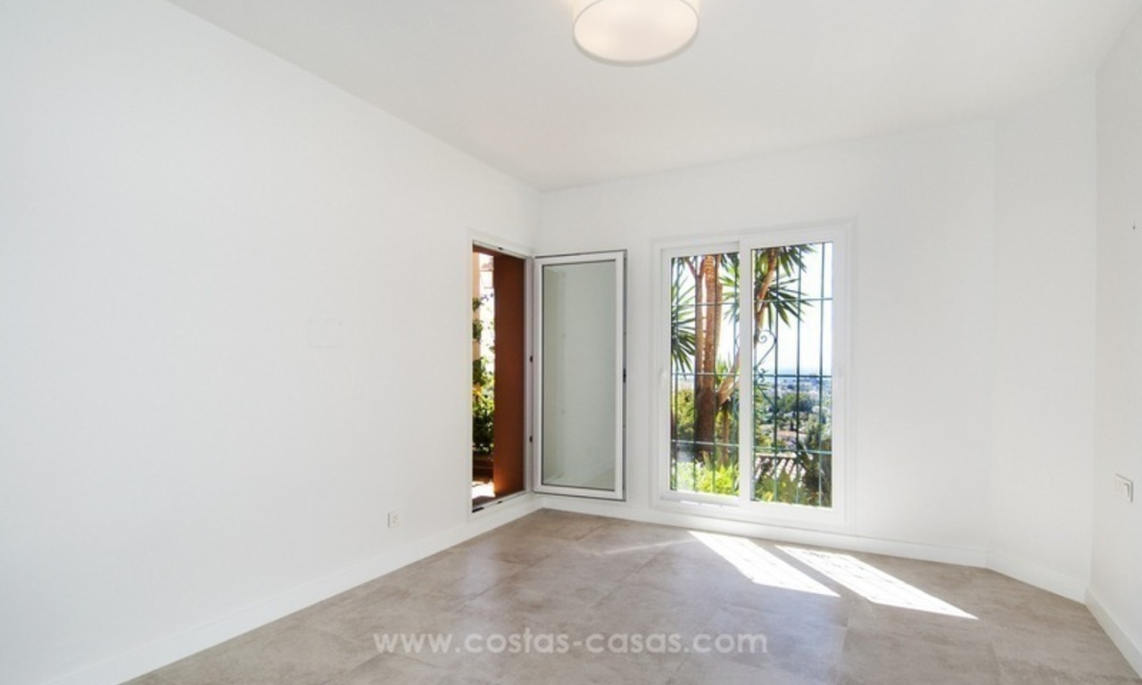 Marbella – Nueva Andalucia For Sale: Stunning Fully Refurbished Apartment In Highly Sought After Complex 22