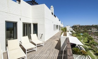 Panoramic sea view modern penthouse apartment for sale in Benahavis, Marbella 11