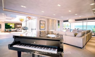 Front Line Beach Newly Constructed Contemporary Villa for sale on the New Golden Mile, Marbella - Estepona 14
