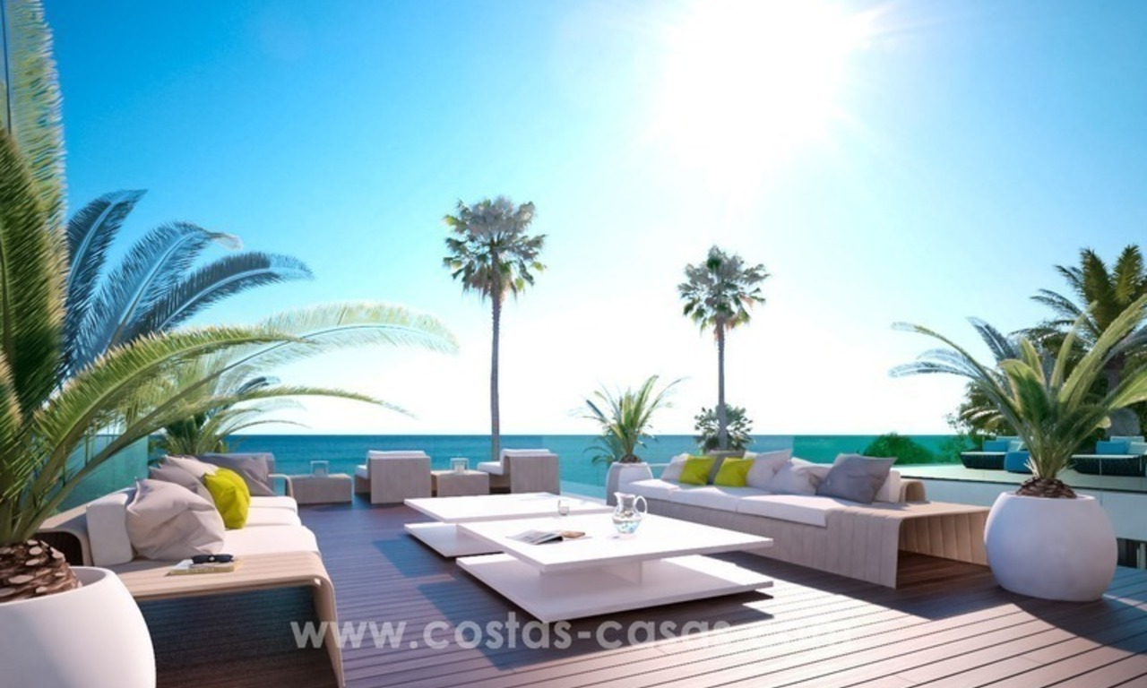 Front Line Beach Newly Constructed Contemporary Villa for sale on the New Golden Mile, Marbella - Estepona 7