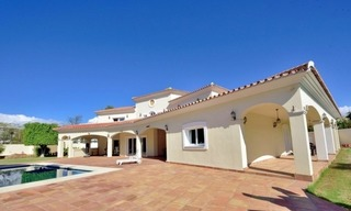 Superb Second Line Beach Villa Guadalmina Baja, Marbella 2