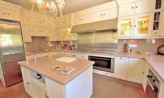Superb Second Line Beach Villa Guadalmina Baja, Marbella 16