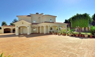 Superb Second Line Beach Villa Guadalmina Baja, Marbella 6