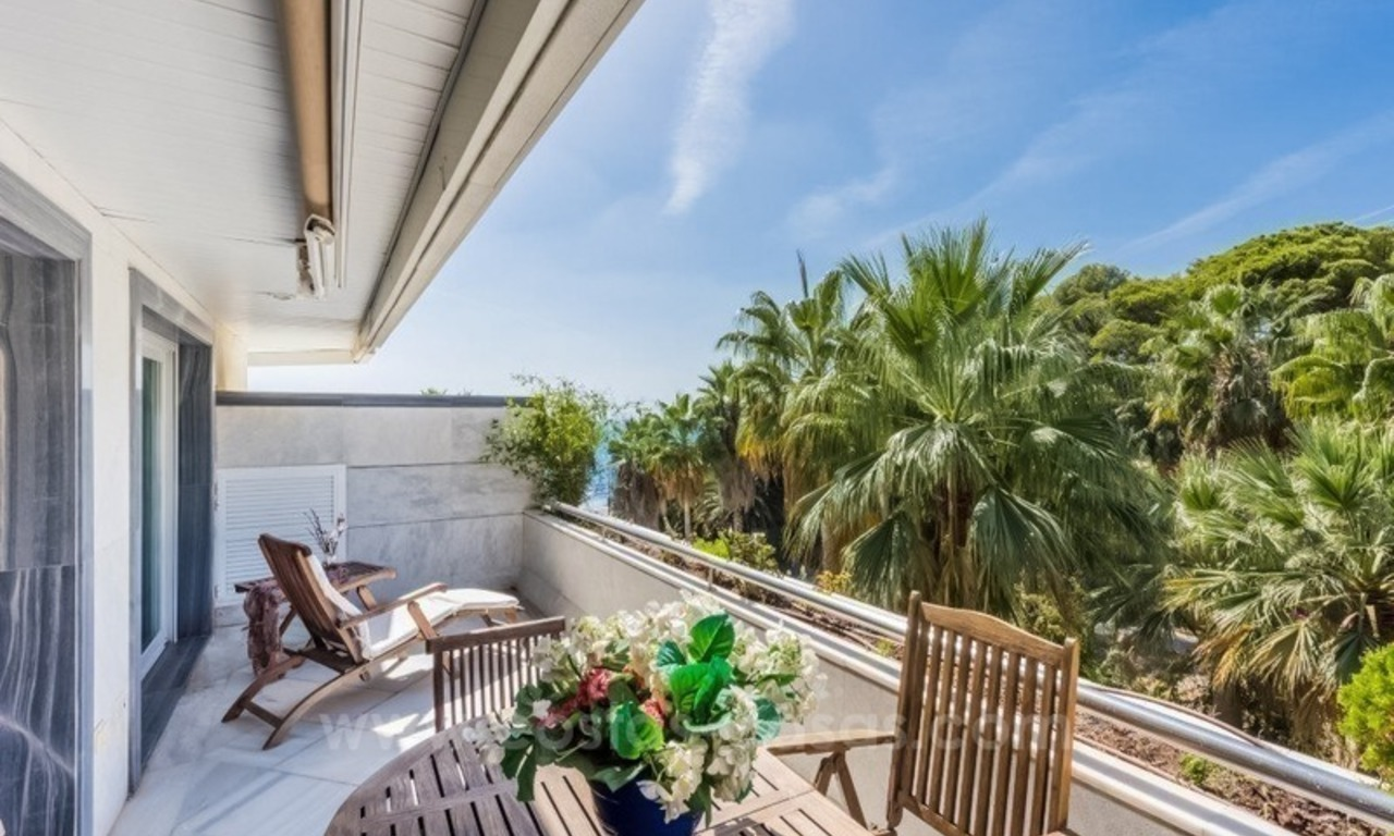 Opportunity: For Sale in Gran Marbella: Fantastic apartment frontline beach 7