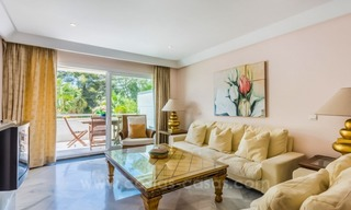 Opportunity: For Sale in Gran Marbella: Fantastic apartment frontline beach 11