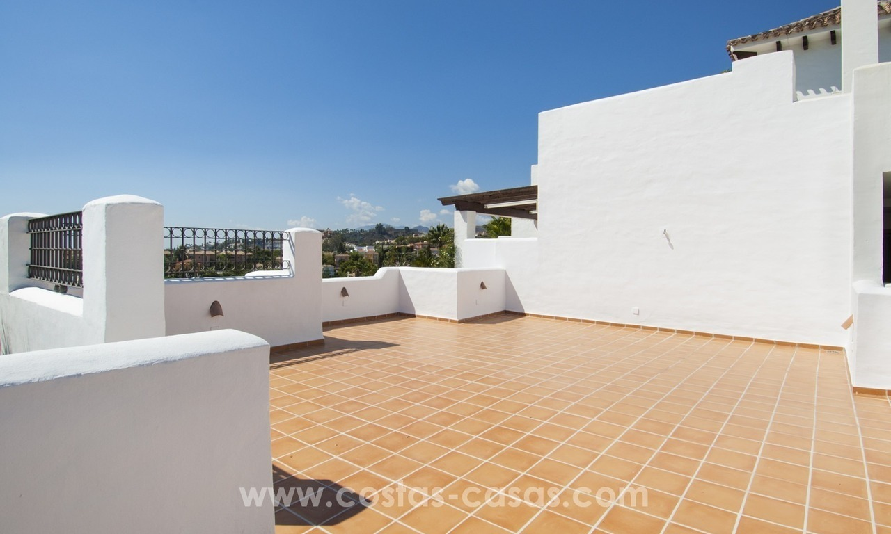 Fabulous 3 Bed Penthouse in Nueva Andalucia, Marbella 6