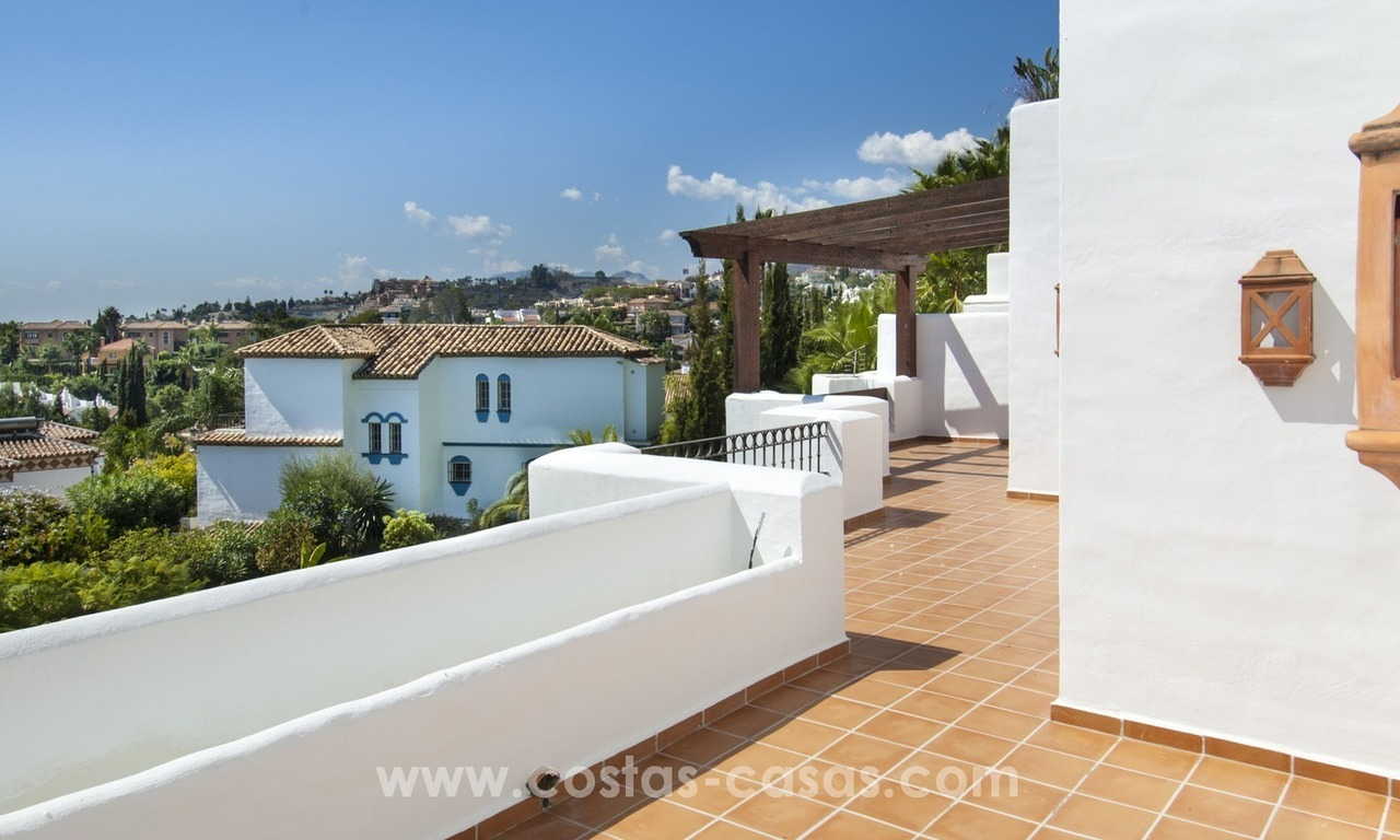 Fabulous 3 Bed Penthouse in Nueva Andalucia, Marbella 8