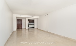 Fabulous 3 Bed Penthouse in Nueva Andalucia, Marbella 11