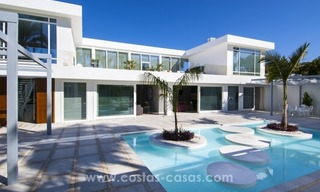 Brand New Beach Side Contemporary Villa for sale in Guadalmina Baja, Marbella 6