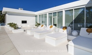 Brand New Beach Side Contemporary Villa for sale in Guadalmina Baja, Marbella 12
