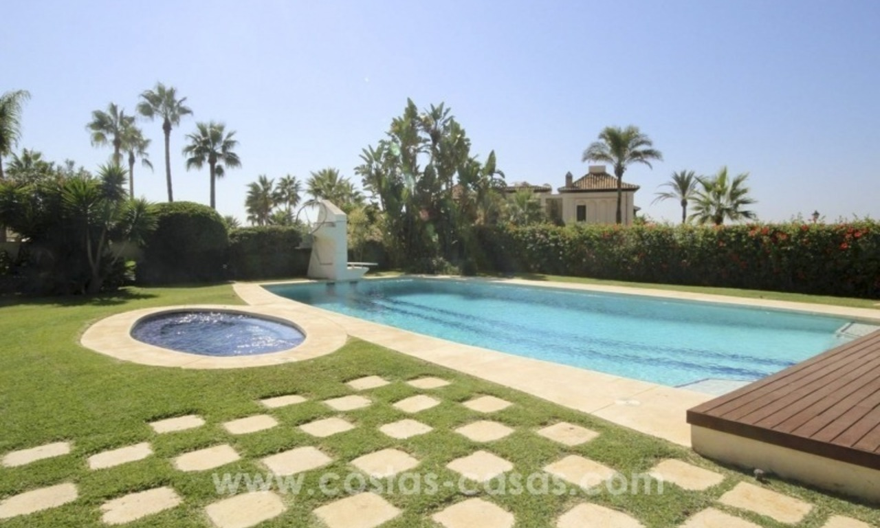 Beachside villa for sale - East Marbella - Costa del Sol 2