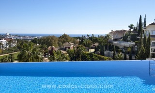 Contemporary golf villa for sale with splendid sea view in an up-market area of Nueva Andalucia - Marbella 1