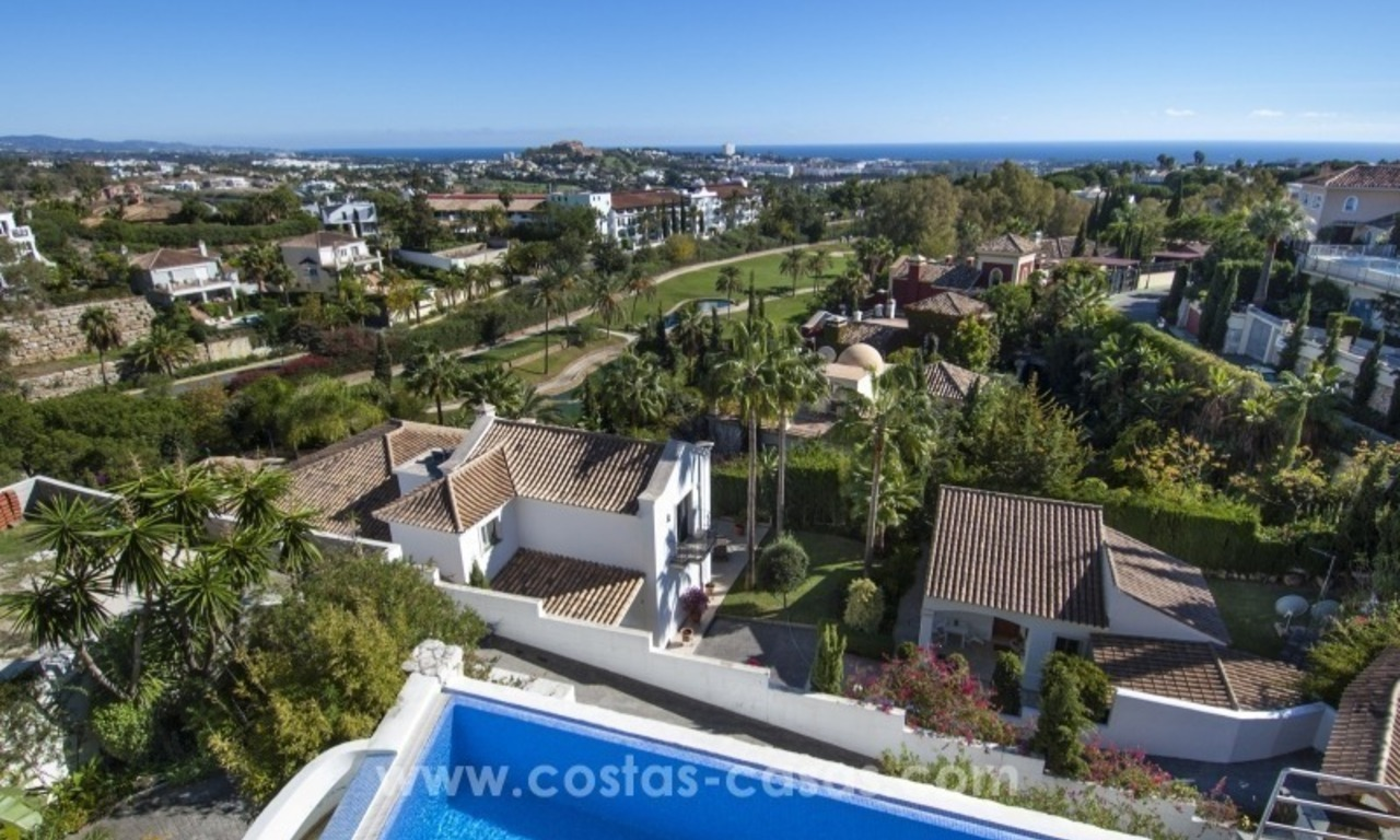 Contemporary golf villa for sale with splendid sea view in an up-market area of Nueva Andalucia - Marbella 28