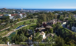 Contemporary golf villa for sale with splendid sea view in an up-market area of Nueva Andalucia - Marbella 31