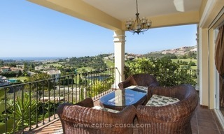 Villa with fantastic golf and sea views for sale in Benahavis - Marbella 3