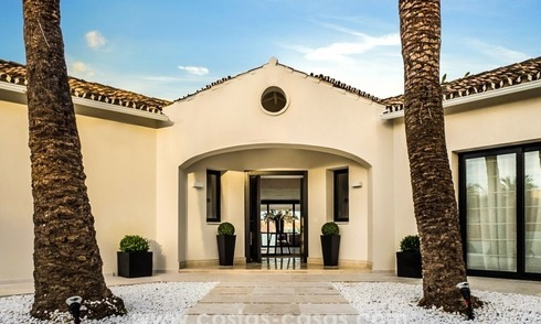 Front Line Golf Refurbished Villa for sale in Los Naranjos Golf, Nueva Andalucía, Marbella