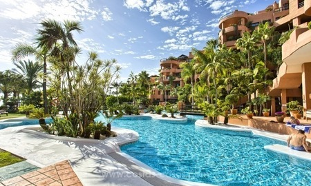 Apartment for sale with sea views in the private Wing of the hotel Kempinski, Estepona - Marbella 1