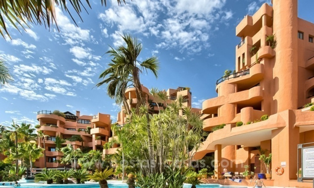 Apartment for sale with sea views in the private Wing of the hotel Kempinski, Estepona - Marbella 3