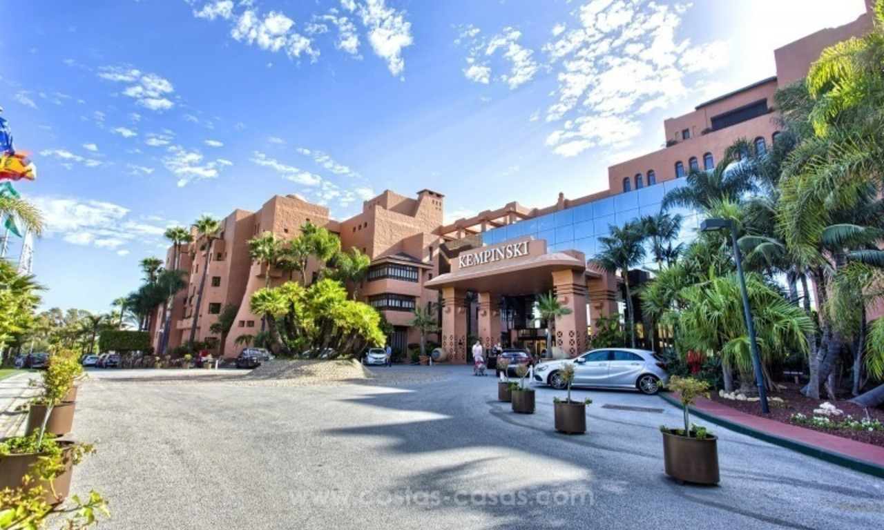 Apartment for sale with sea views in the private Wing of the hotel Kempinski, Estepona - Marbella 28