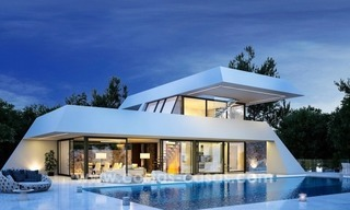 Modern new villas, next to the golf in Nueva Andalucía, Marbella 0